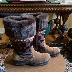 Coach boots with real fur